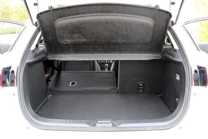 06-Mazda CX 3-Diurnos