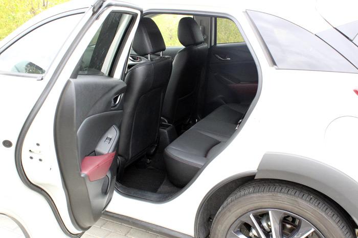 13-Mazda CX 3-Diurnos
