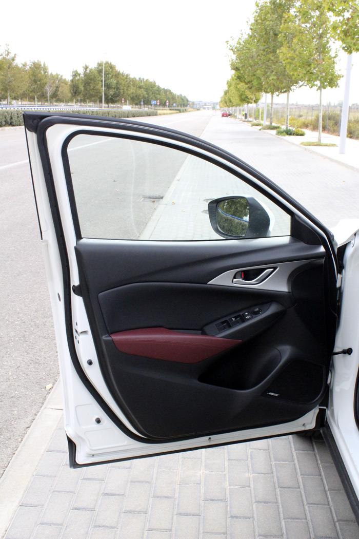 18-Mazda CX 3-Diurnos