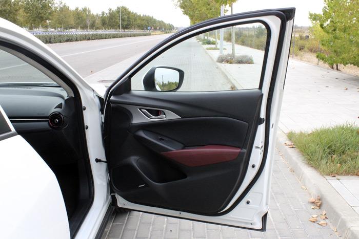 19-Mazda CX 3-Diurnos