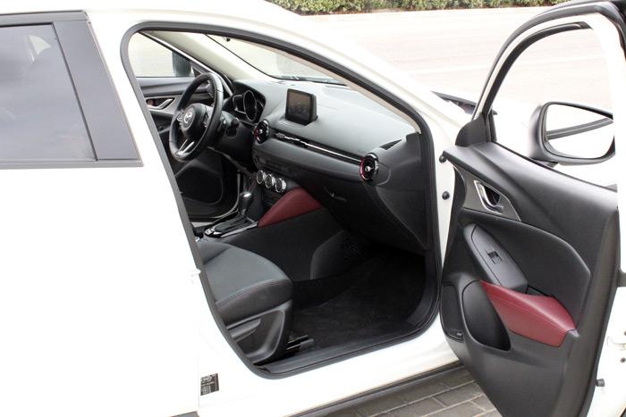 22-Mazda CX 3-Diurnos