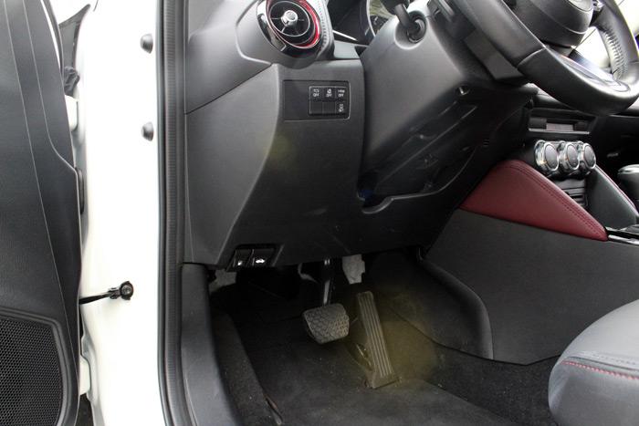 24-Mazda CX 3-Diurnos