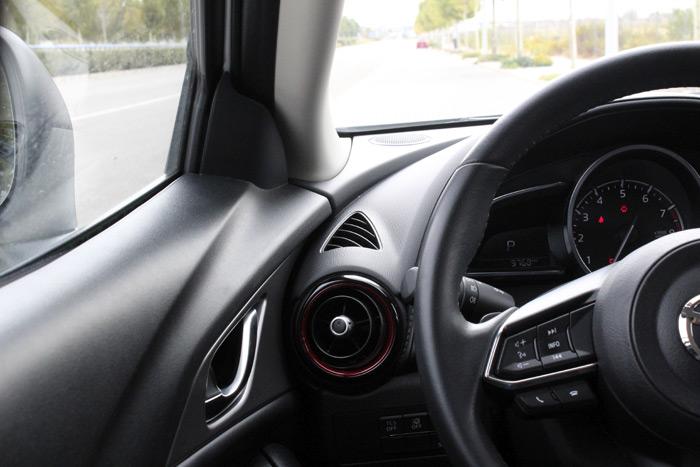 27-Mazda CX 3-Diurnos
