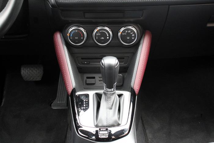37-Mazda CX 3-Diurnos