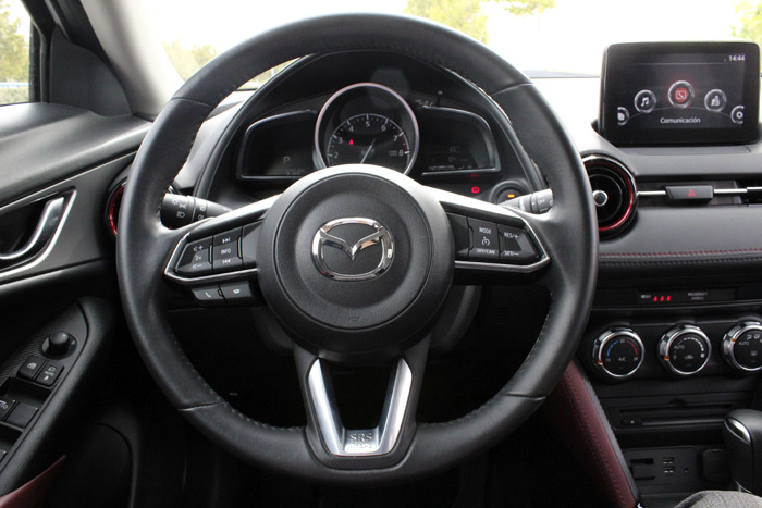 38-Mazda CX 3-Diurnos