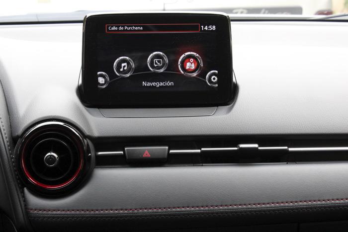 39-Mazda CX 3-Diurnos