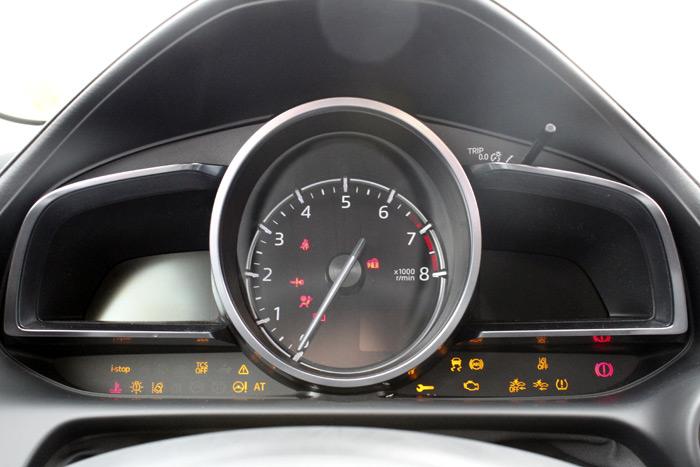 40-Mazda CX 3-Diurnos