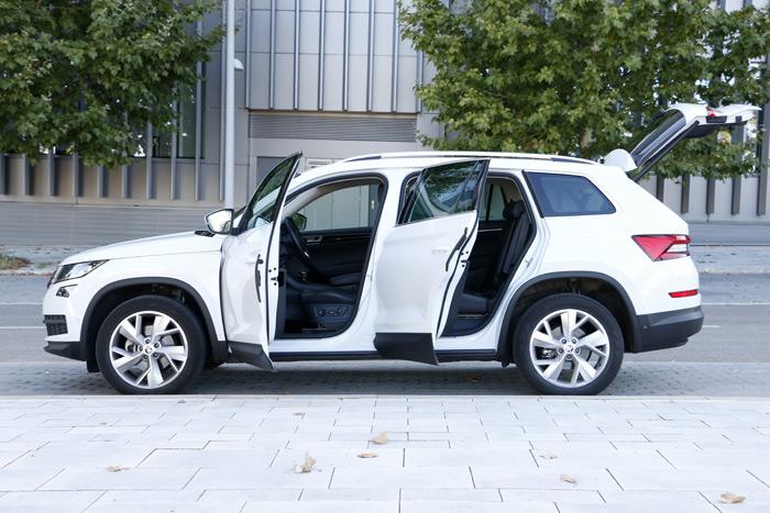 Diurnos. Skoda Kodiaq 4×4 2.0 TDI 110 kW (150 CV) DSG Style 7 plazas. Detalles del interior.