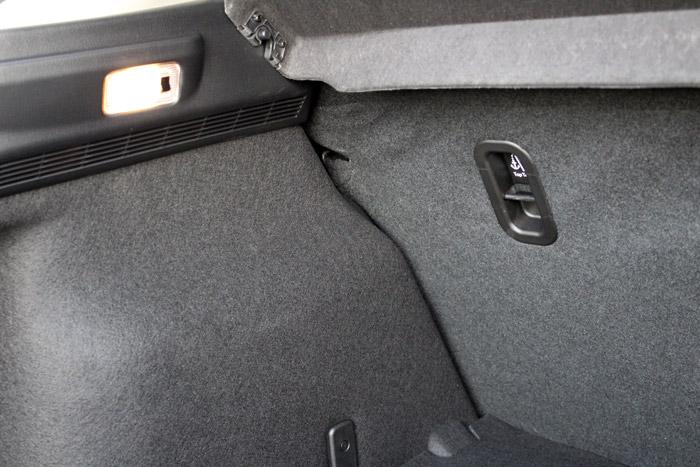 08-Diurnos Mazda 3