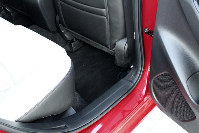 16-Diurnos Mazda 3