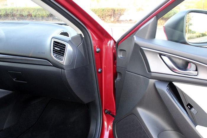 39-Diurnos Mazda 3