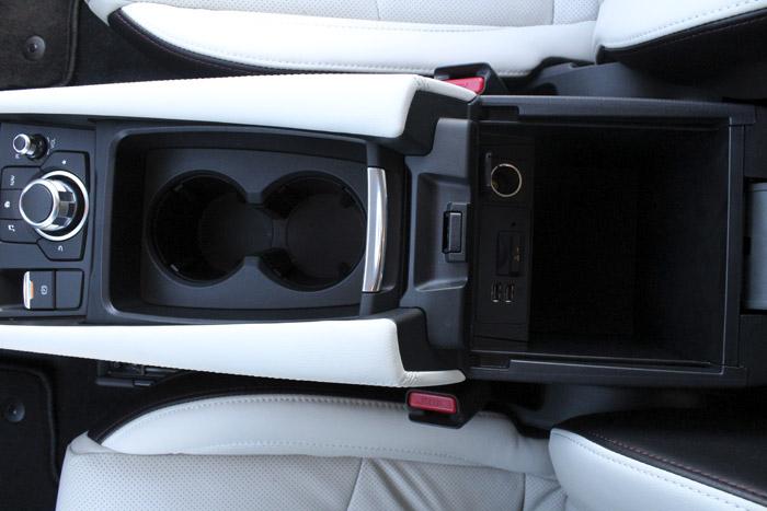 41-Diurnos Mazda 3