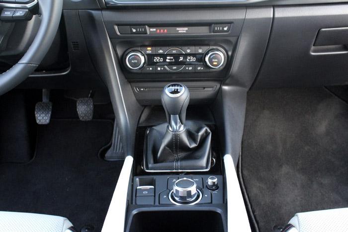 48-Diurnos Mazda 3