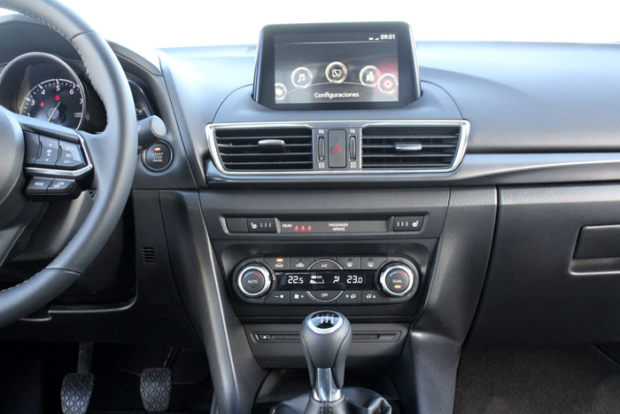 50-Diurnos Mazda 3