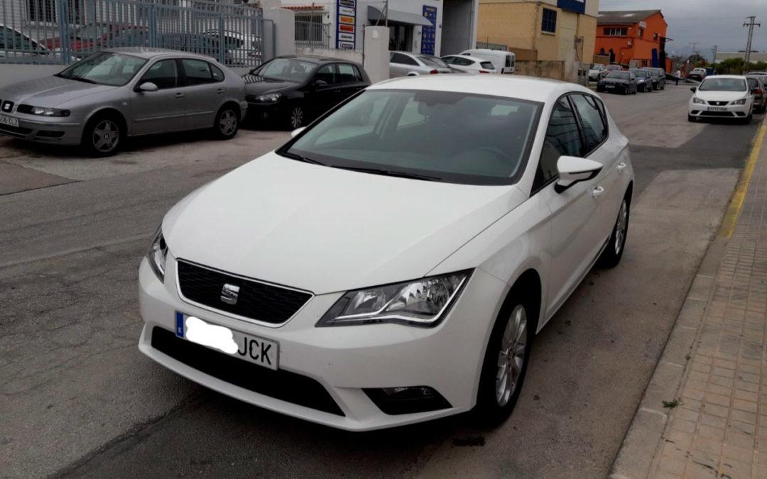 Seat León Style 1.6 TDi 105 CV 5 puertas 5 vel. – Versión 2015
