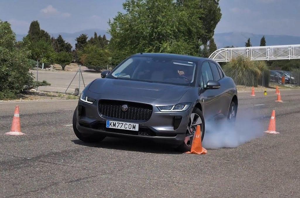 El neumático y la velocidad en la prueba de esquiva