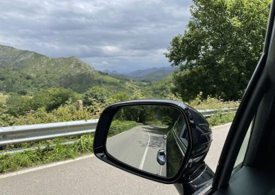 Kia Sorento. Retrovisor y vistas. Carretera AS-260