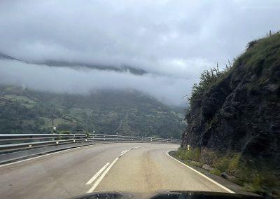 Carretera Nacional 630. Las nubes han quedado arriba