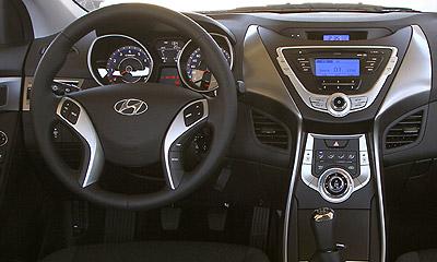 Hyundai Elantra. Modelo 2012.