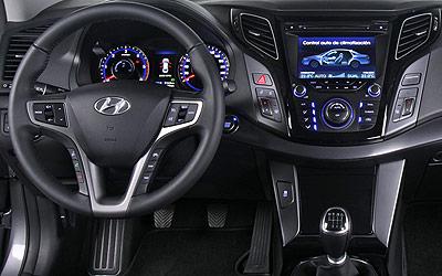 Hyundai i40. Modelo 2011