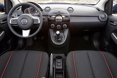 Mazda2. Modelo 2011.