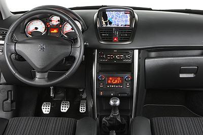 Peugeot 207. Modelo 2010.