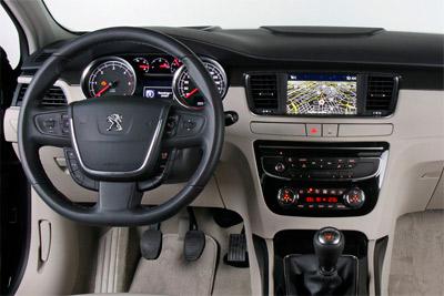 Peugeot 508. Modelo 2011