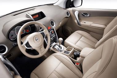 Renault Koleos. Modelo 2008.