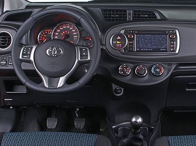 Toyota Yaris. Modelo 2012.