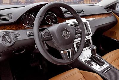 Volkswagen Passat CC. Modelo 2008.