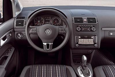 Volkswagen CrossTouran. Modelo 2011.