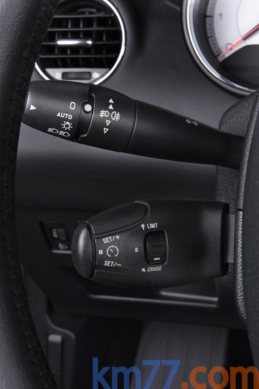 Color : Auto BXSAUISA Mando de Intermitentes Interruptor de Vuelta del Coche Fit se/ñal for Peugeot 206 207 307 406 407 807 1007 INDICADOR DE LA DIRECCI/ÓN Palanca del Volante OEM 96477533XT