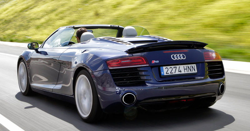 Audi R8 V8 Spyder. Modelo 2012.