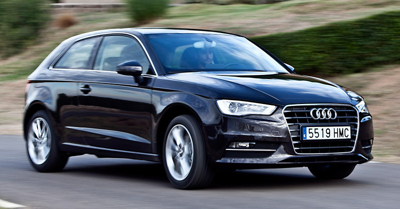 audia-a3-lateral-frontal