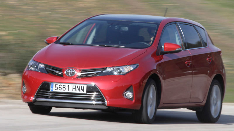 Toyota Auris Hybrid. Modelo 2013