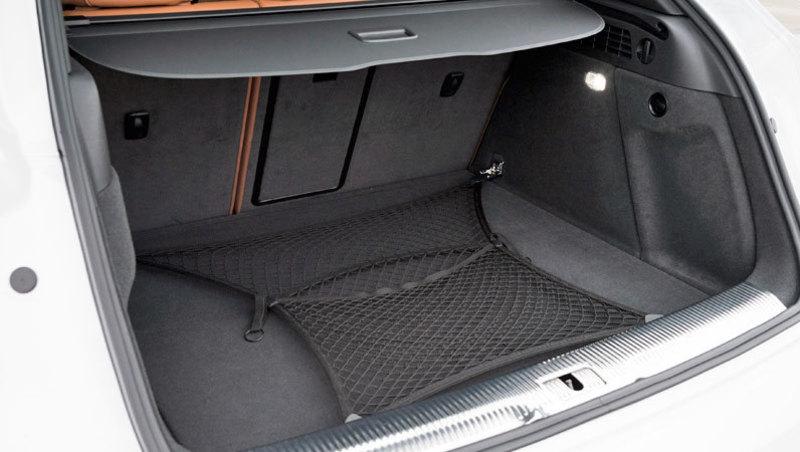 Audi Q3 (2015). Maletero