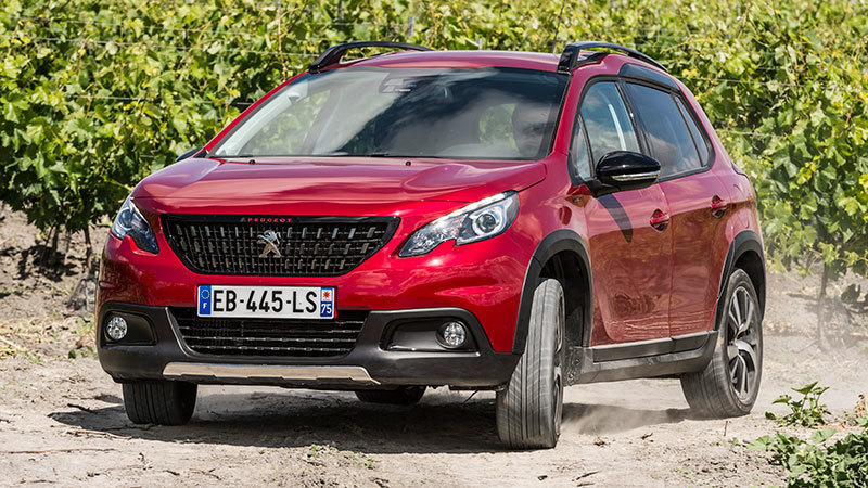 peugeot-2008-2016-gt-line-frontal-lateral