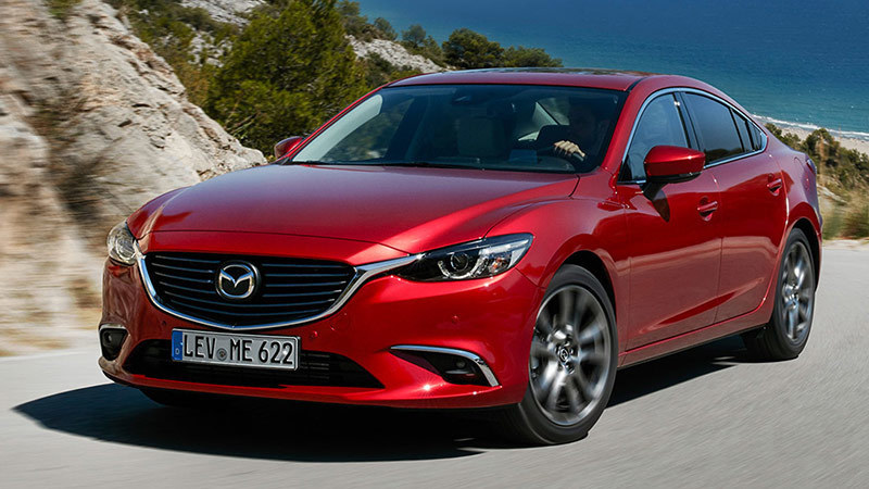 mazda6-2017-sedan-frontal-lateral-red