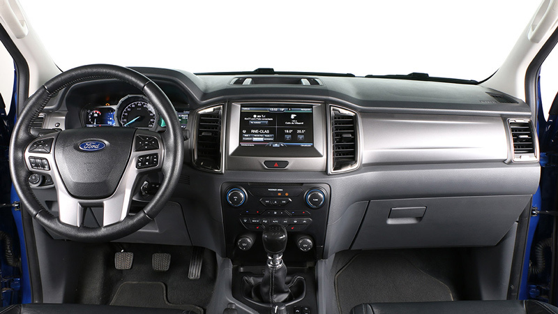 Ford Ranger 2016. Imágenes interiores.