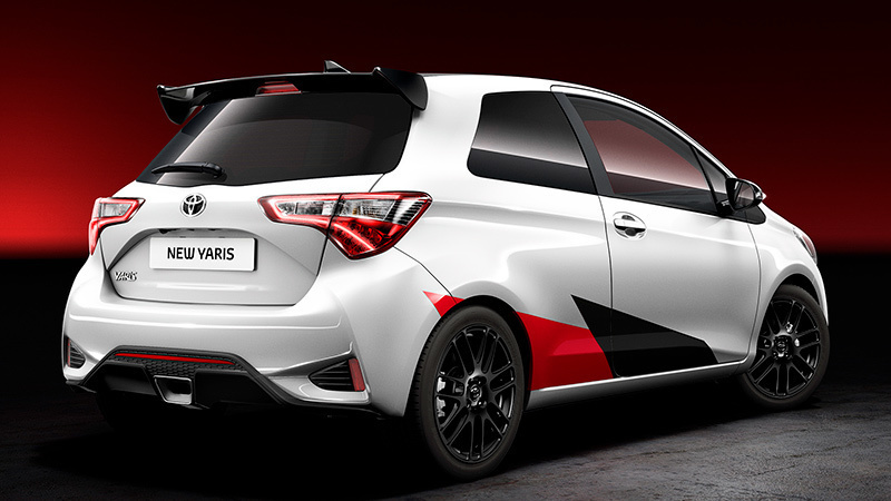 toyota-yaris-sport-posterior-lateral