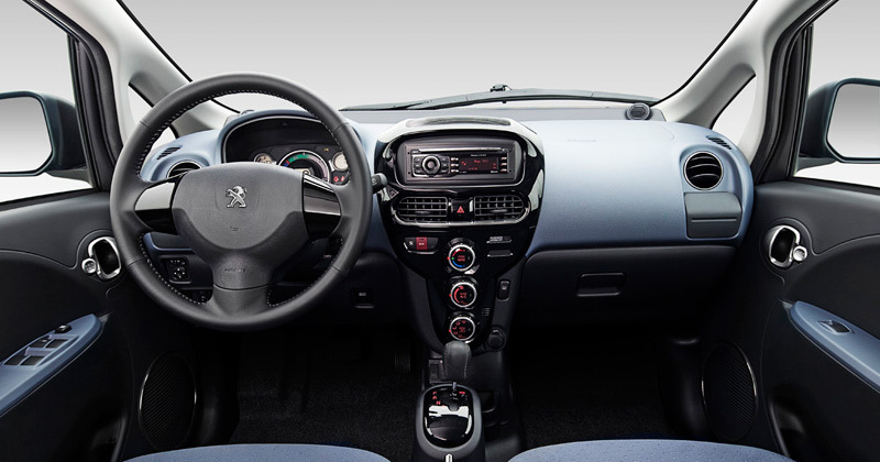 Peugeot iOn 2011. Imágenes interiores