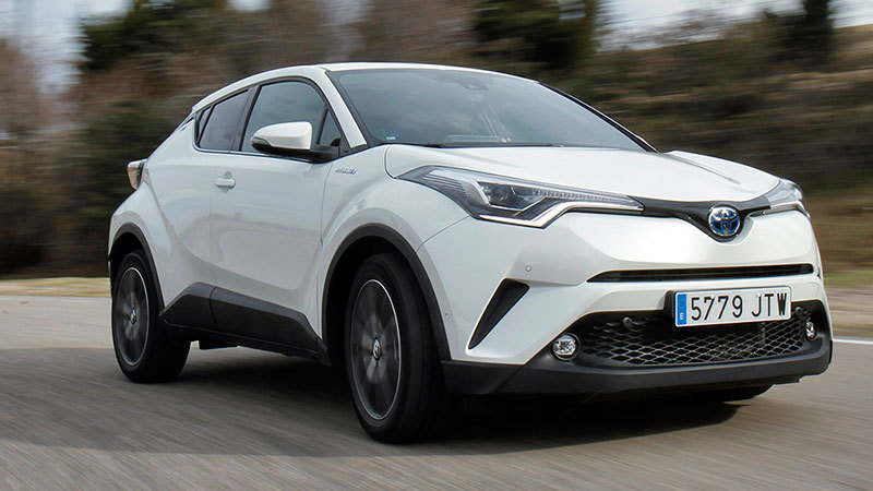 toyota-c-hr-advance-plus-2017-frontal-lateral