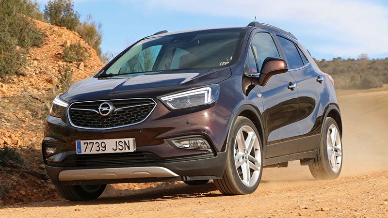 Opel Mokka X 2017. Imágenes exteriores.
