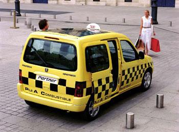 Для мальчиков. Описание игры Эй, такси онлайн. Как играть в онлайн